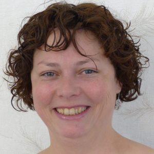 Coralie, directrice de l'école de relaxation et réflexologie plantaire des Hauts de France